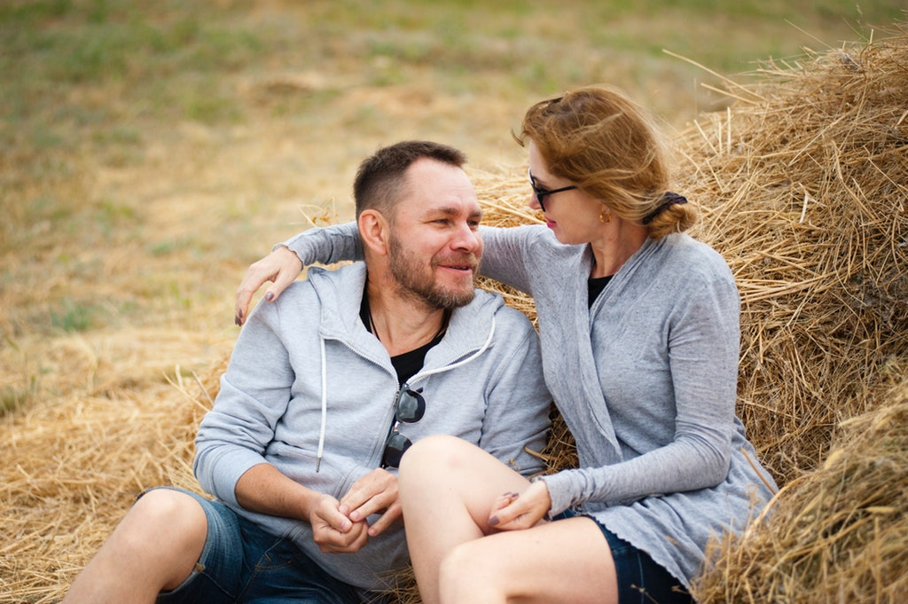 have conversation different ways to make partner feel secure in relationship digivogue